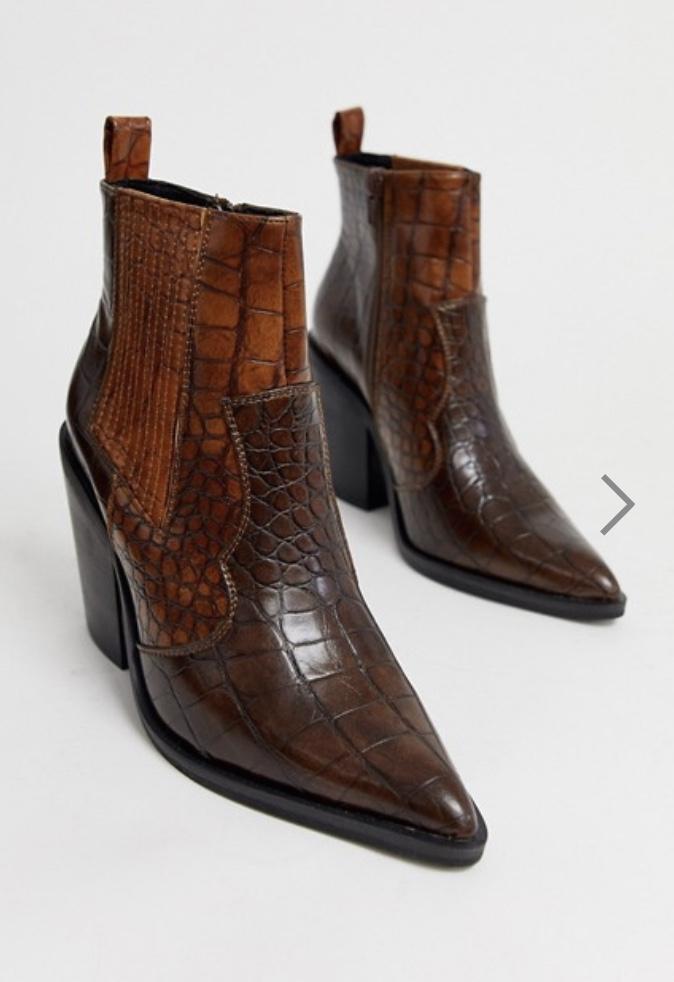Dope Fashion Sense. Girl standing. brown boots