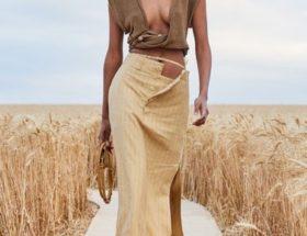 girl walking in fashion show. Jacquemus fashion show. Fashion show.