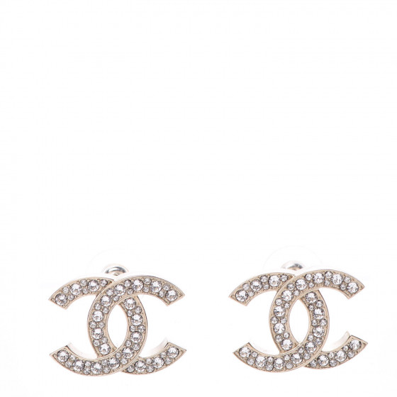 Chanel crystal cc earrings in light gold for the fall season and fall outfits from dopefashionsense.com