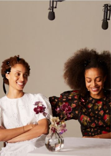 This will be the first time Rocha will be designing and presenting a collection for children and men. You all do not need to worry about minimal pieces in men's and children's wear. All of the categories will have a full wardrobe. This entire wardrobe will include special occasion wear such as tulle dresses and tailored separates, knitwear; shirting; trench coats, t-shirts and accessories. Of course, there will be Rocha's sparkling jewelry and pearl-embellished footwear. The pearl footwear is perfect for this season since pearl jewelry is trending right now in fashion.